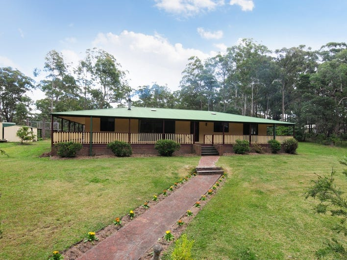 98 Woollamia Road, Falls Creek, NSW 2540