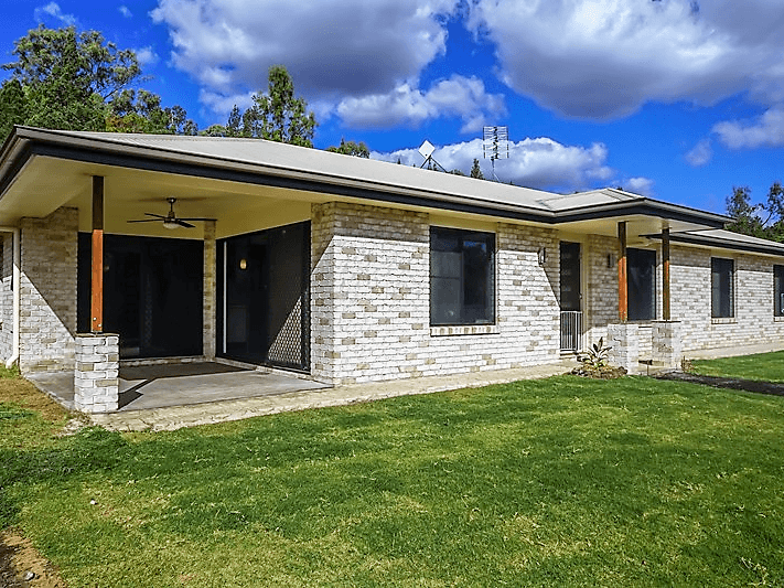 1118  Stoneleigh Road, Linthorpe, Qld 4356
