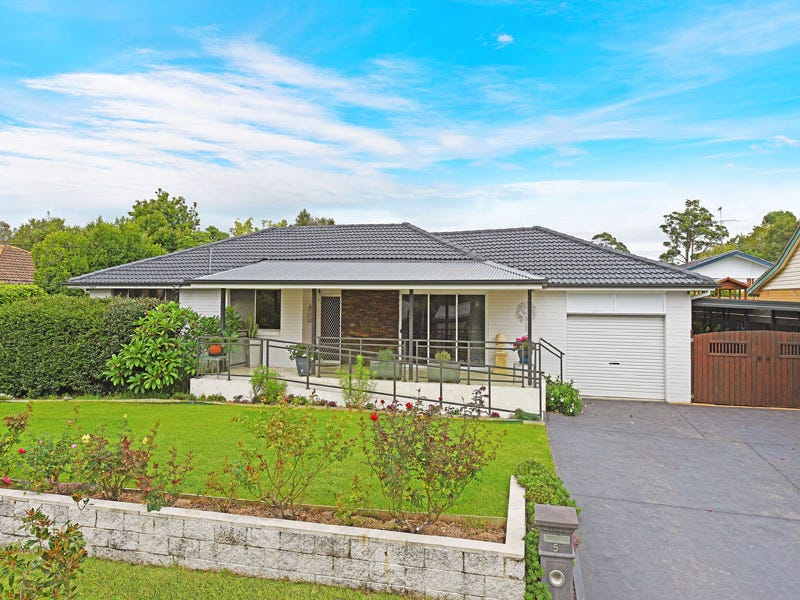 5 Castle Circuit, Westleigh, NSW 2120
