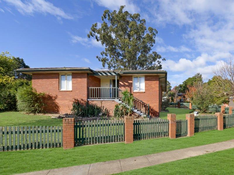 16 Merino Crescent, Airds, NSW 2560