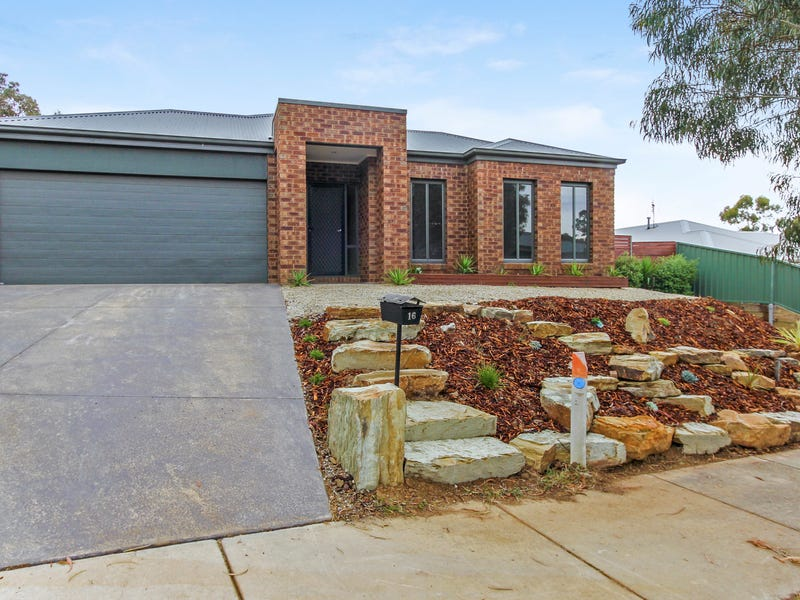 16 Prospectors Way, Big Hill, Vic 3555