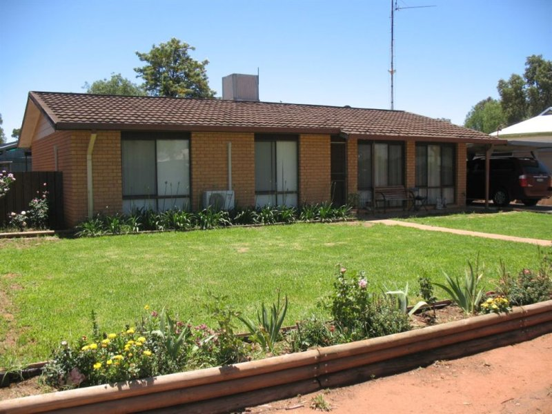 51 Gilbert Street, Wyalong, NSW 2671