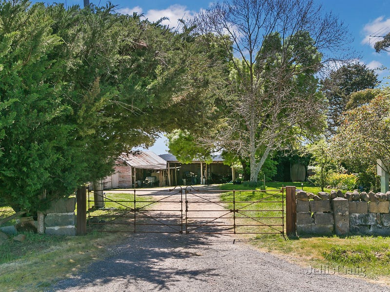 Birthday Farm, 130 Vaughan Springs Road, Drummond North, Vic 3446