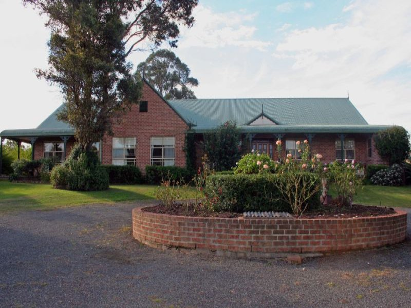 74 Wilderness Road, Lovedale, NSW 2325