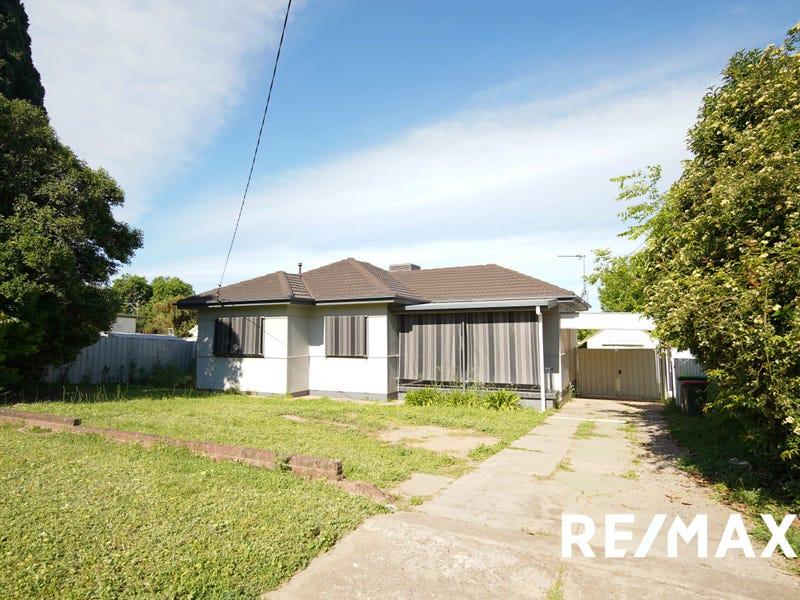 113 Meadow Street, Kooringal, NSW 2650