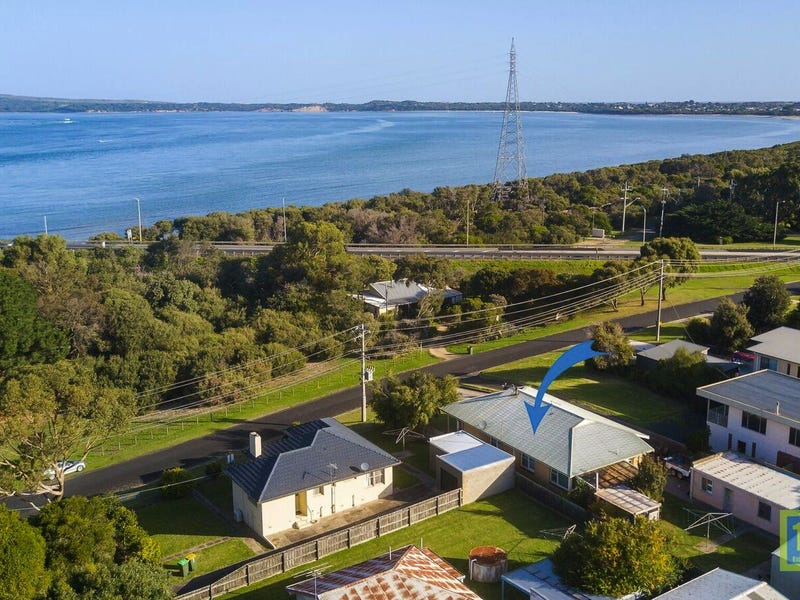 7 Beach Cres, Newhaven, Vic 3925