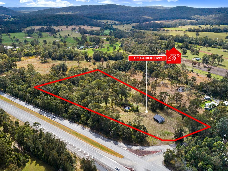 102  Pacific Highway, Coolongolook, NSW 2423