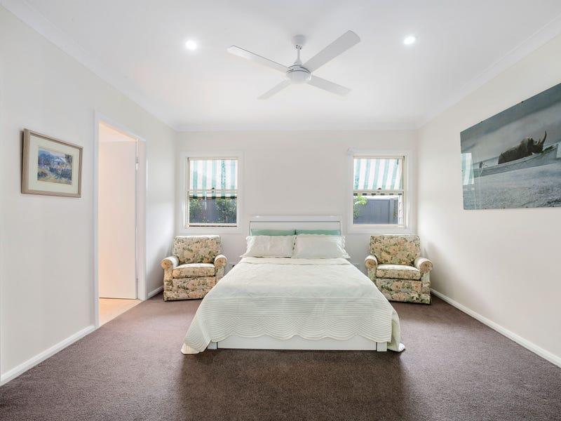 10 Southern Ocean Street, Lake Cathie, NSW 2445