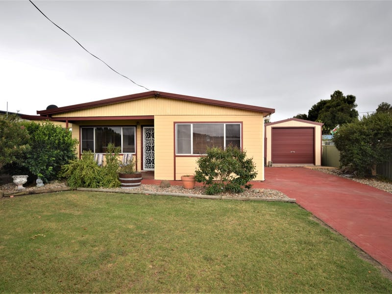 76 Greens Road, Greenwell Point, NSW 2540