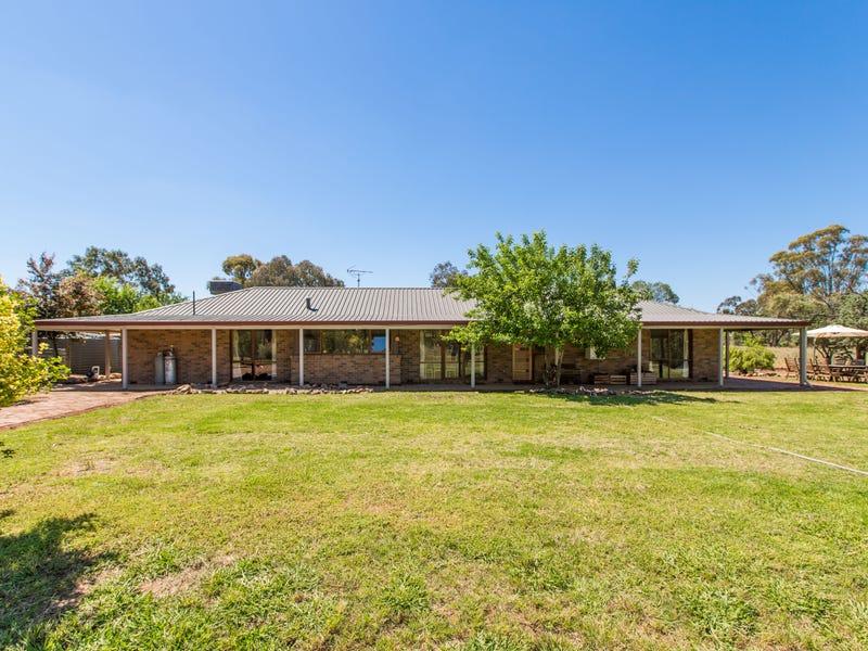 104 Wattle Lane, Coolamon, NSW 2701