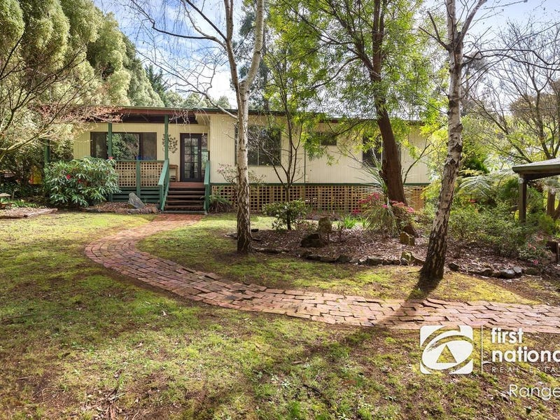 4 Station Road, Cockatoo, Vic 3781