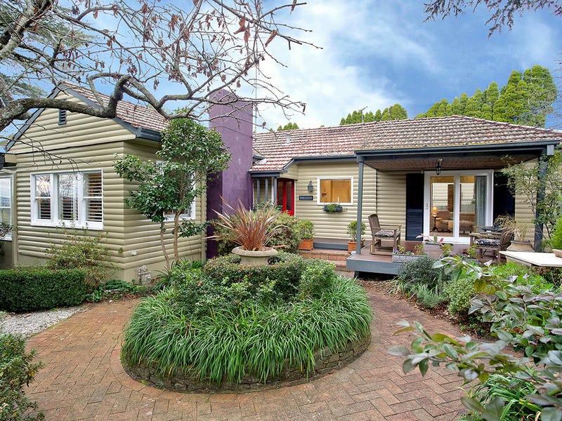 117 Blaxland Road, Wentworth Falls, NSW 2782