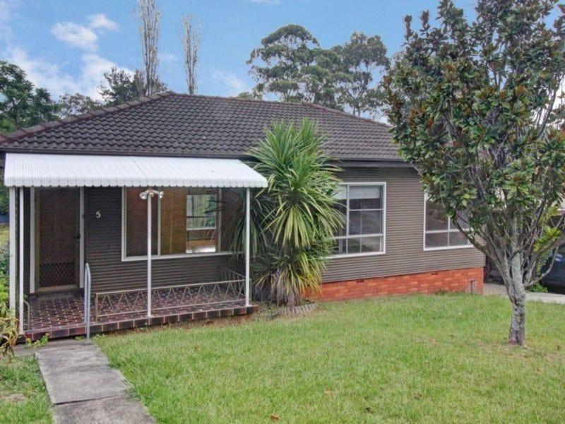 5 St Johns Avenue, Mangerton, NSW 2500