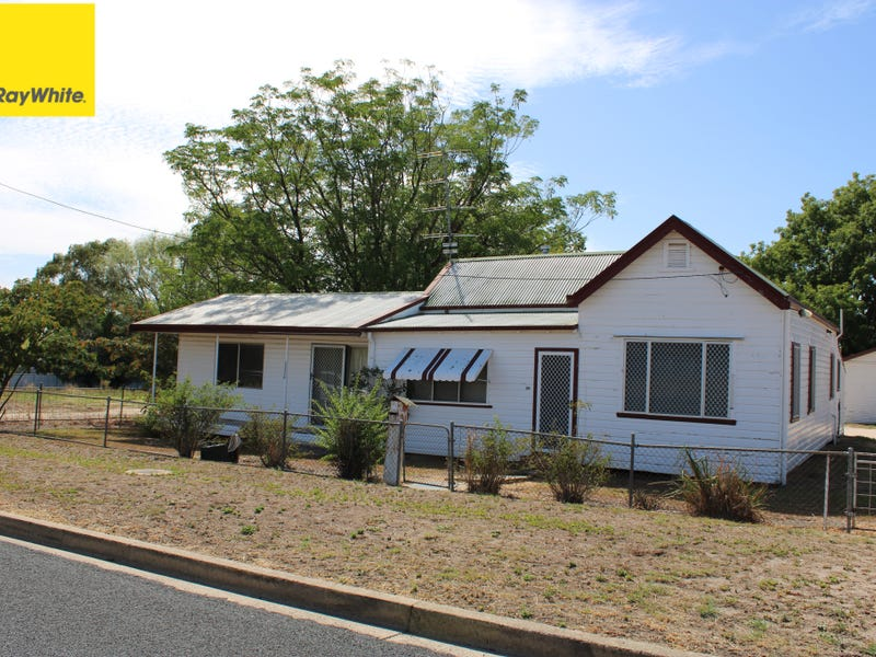 20 William Street, Inverell, NSW 2360