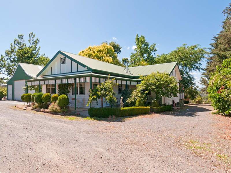 240 Queens Road, Wandin East, Vic 3139