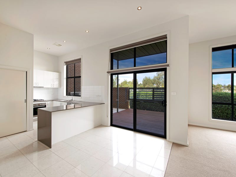 7/16 Ray Ellis Crescent, Forde, ACT 2914