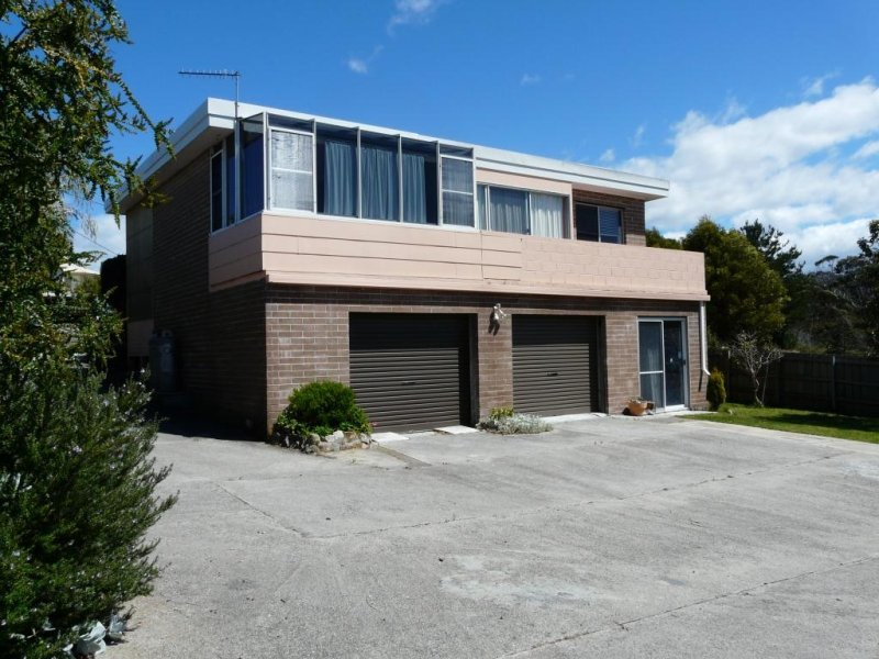 14 Bel-air Crescent, Beaumaris, Tas 7215