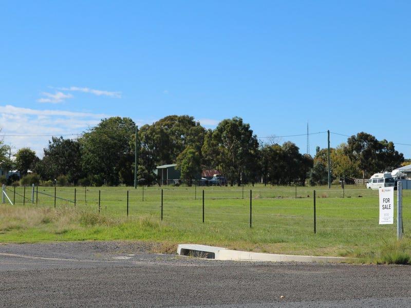 82-84 Tenterfield Street, Deepwater, NSW 2371
