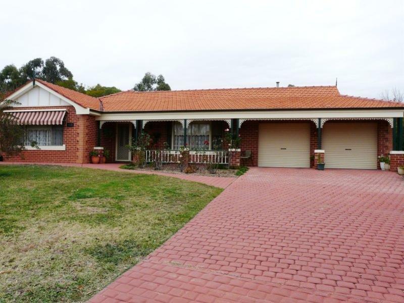 65 Lorimer Street, Bathurst, NSW 2795