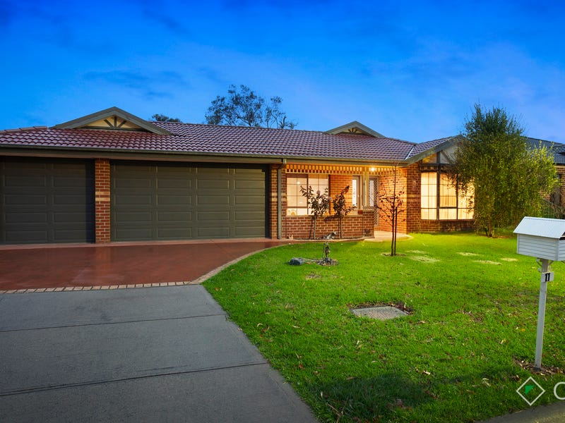 11 Galway Place, Cranbourne, Vic 3977