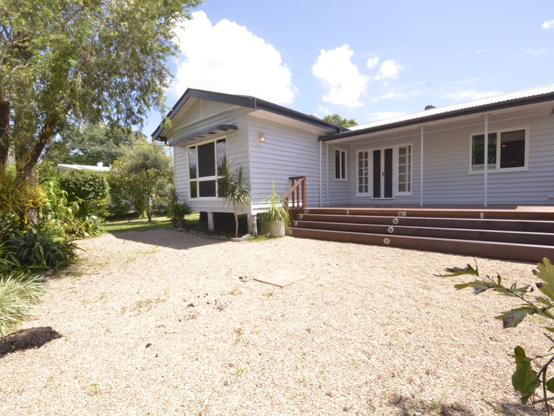 26 Pringle Street, Mossman, Qld 4873