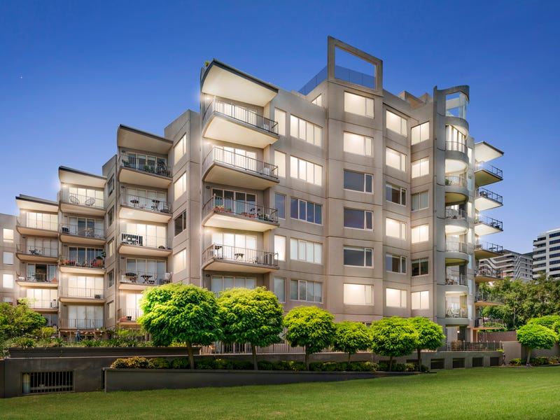 504 23 Queens Road Melbourne Vic 3004 Property Details