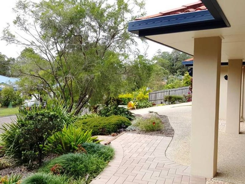 8 Samuel Place, Mooloolah Valley, Qld 4553