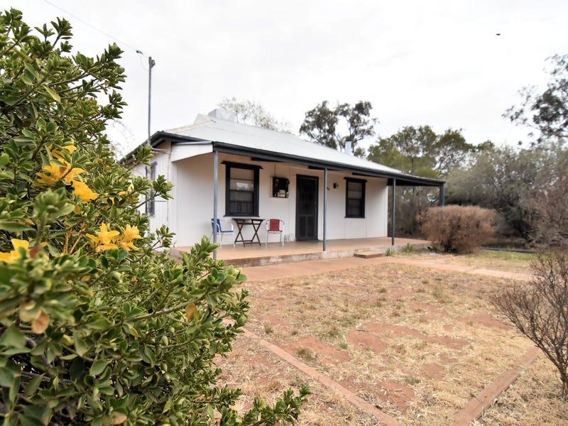 104 COOLAMON STREET, Ariah Park, NSW 2665