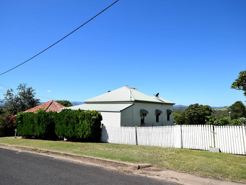 16 Church St, Lowood, Qld 4311