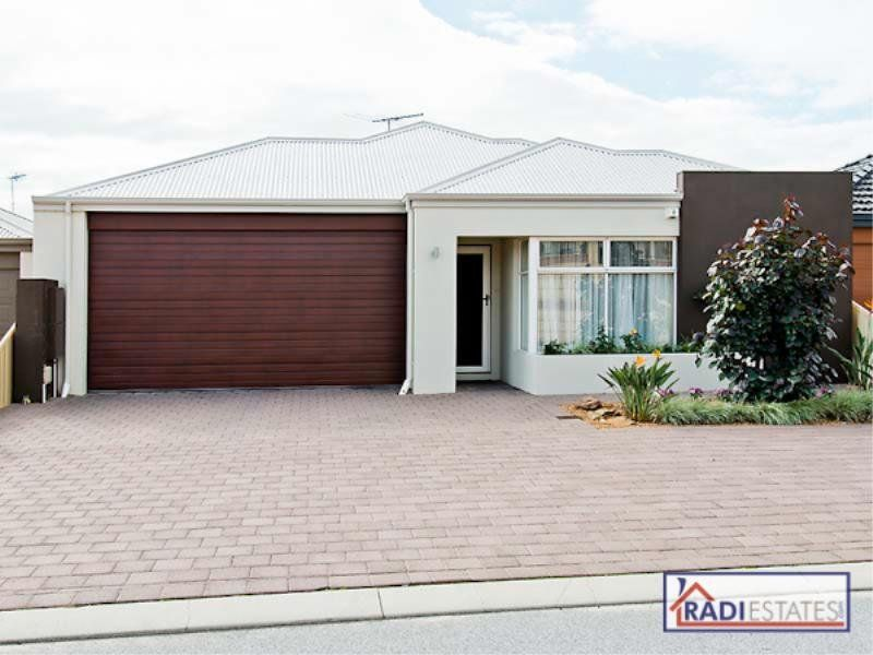 54 Tissington Drive, Darch, WA 6065