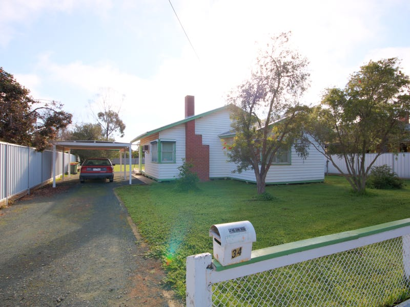 34 Dudley Street, Rochester, Vic 3561