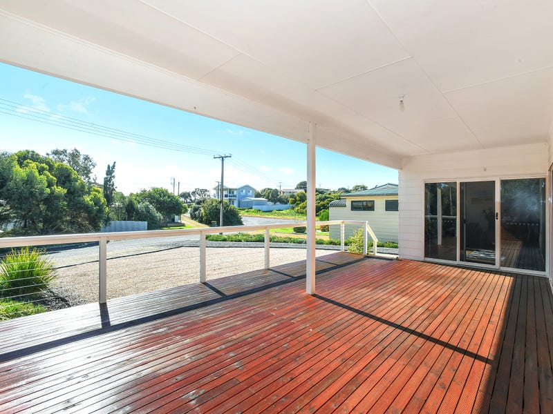 1  Knight Street, Goolwa Beach, SA 5214
