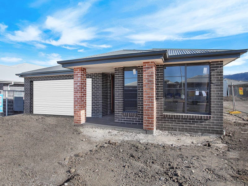 20 Meander Drive, Calderwood, NSW 2527