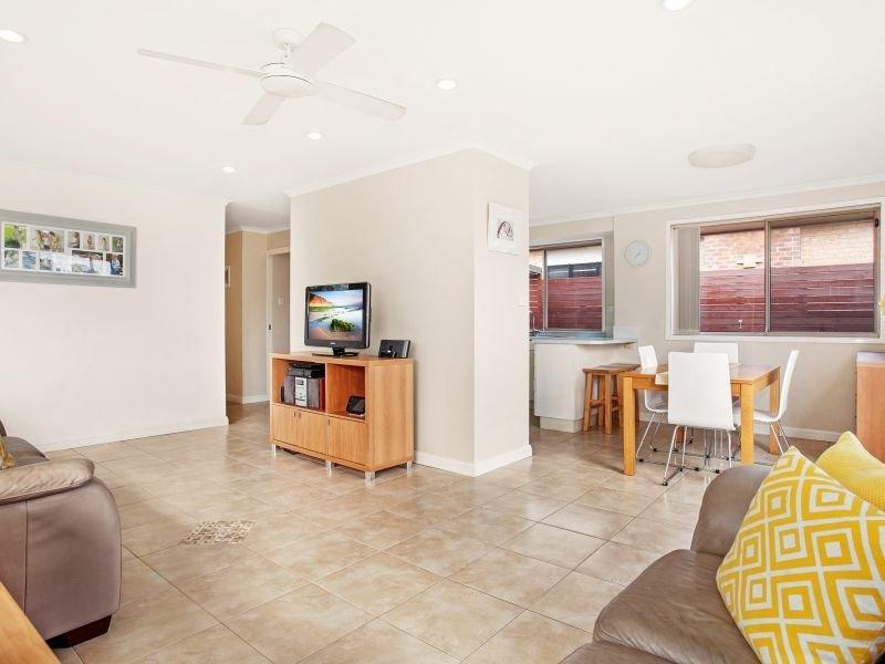 47 Sassafras Avenue, Windang, NSW 2528