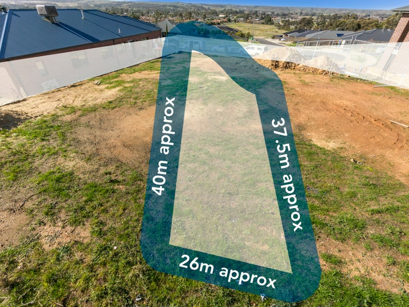 8  Hamish Road, Darley, Vic 3340