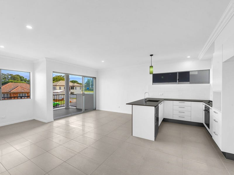 10 / 11 Gallagher Terrace, Kedron