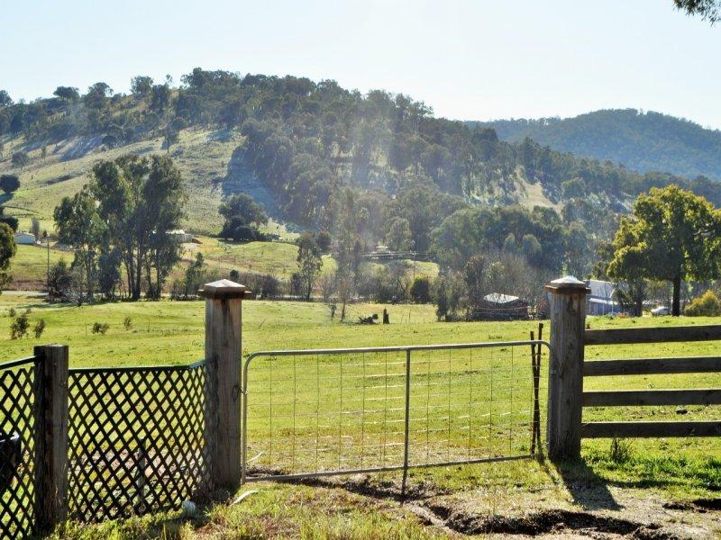 26 Pannach Lane, Hamilton Valley, NSW 2641