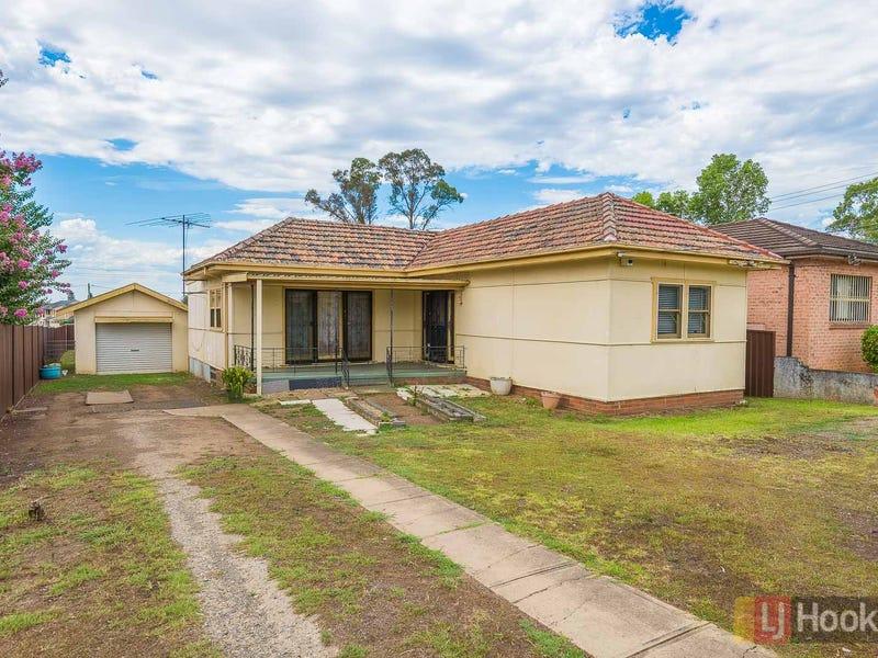 3 Blackwood Avenue, Casula, NSW 2170