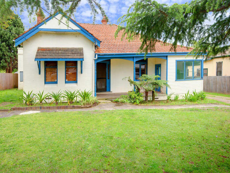 17 Bridge Road, Hornsby, NSW 2077