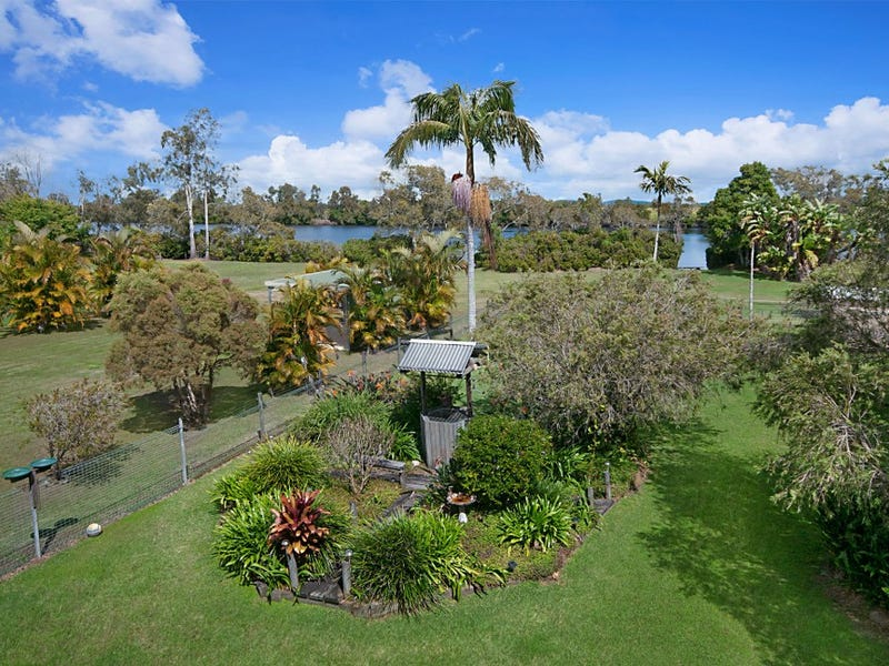 30 River Lane, Woombah, NSW 2469