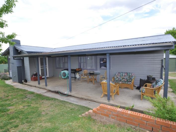 14 Nawai Place, Cooma, NSW 2630