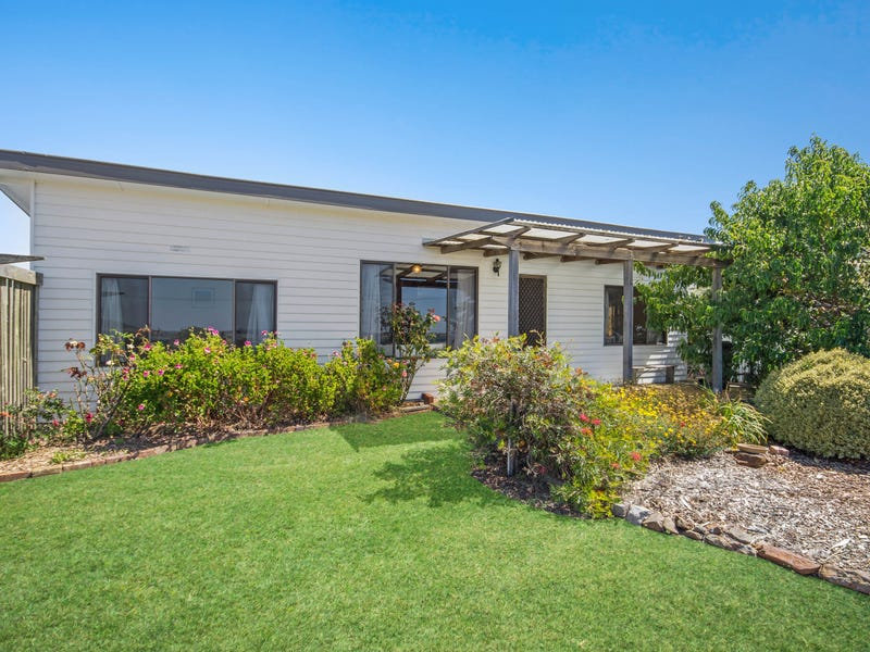 33 Foreshore Road, Kelso, Tas 7270
