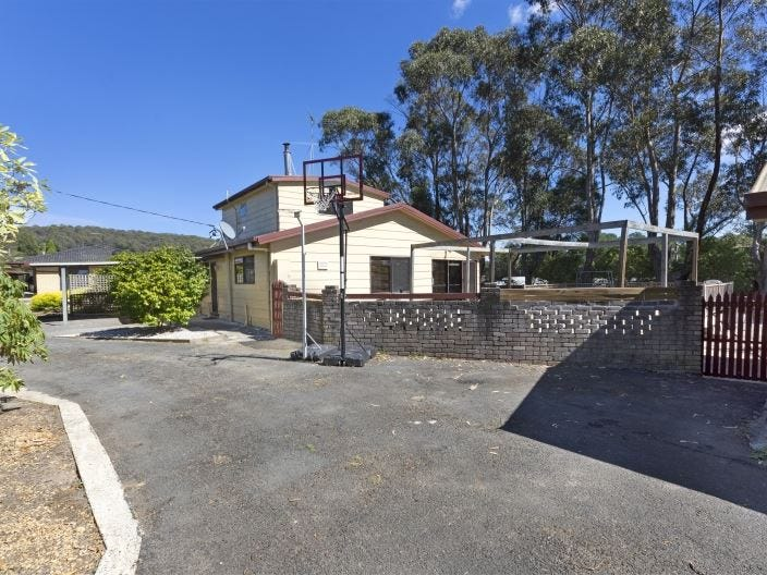 31 Crowther Street, Beaconsfield, Tas 7270