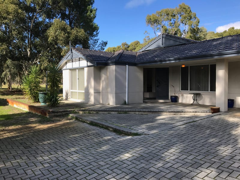 35 Old Dairy Court, Oakford