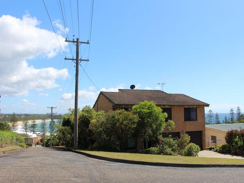 27 High Street, Black Head, NSW 2430