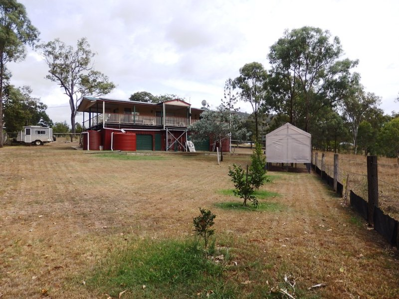 33 Alice Street, Linville, Qld 4314