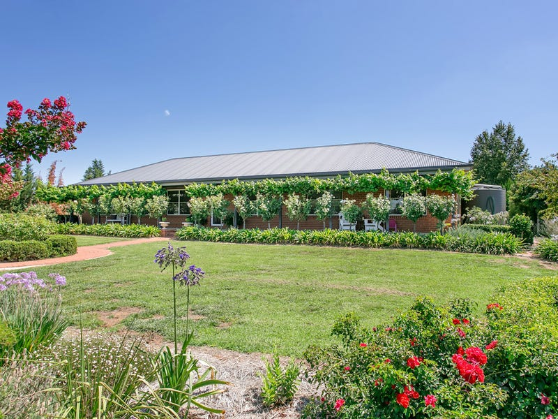 11 Burgan Drive, Springvale, Wagga Wagga, NSW 2650