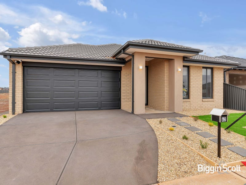42 Becontree Crescent, Strathtulloh, Vic 3338