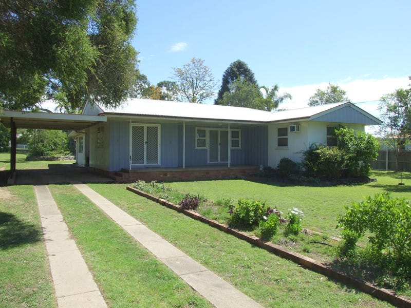 31 Thallon Street, Crows Nest, Qld 4355