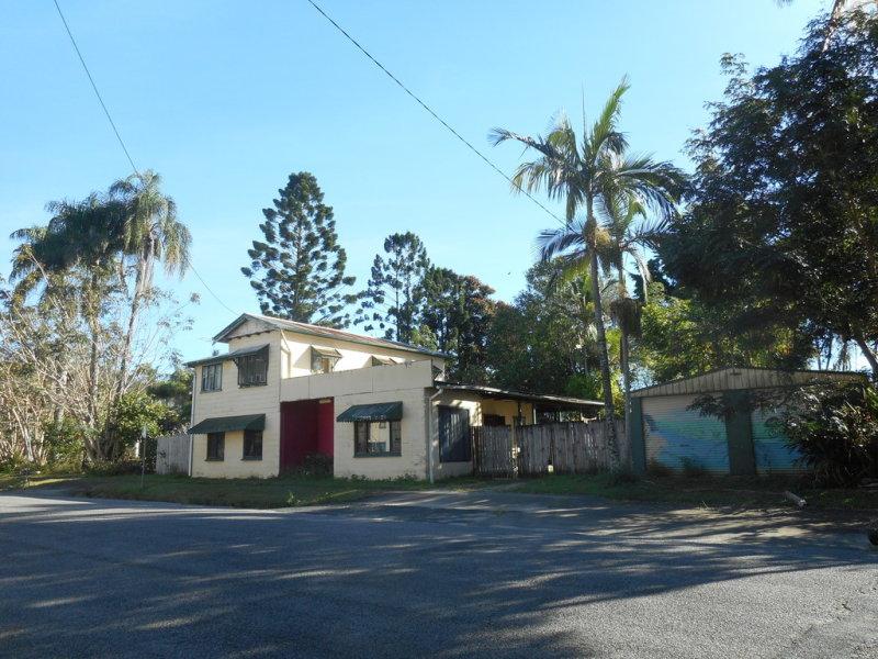 8 Zahmel Street, Finch Hatton, Qld 4756